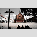Frank Titze, Ulm/Germany - No. 1234 : Y 2013-08 - Sitting in front of Church - 960x546 Pixel - 430 kB