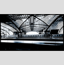 Frank Titze, Ulm/Germany - No. 1628 : Non Common I - Main Station Hall II - 960x551 Pixel - 556 kB