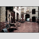 Frank Titze, Ulm/Germany - No. 1691 : Film 3:2 III - Backyard - 953x640 Pixel - 751 kB