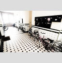 Frank Titze, Ulm/Germany - No. 1731 : Film 3:2 III - Bikes in Entrance - 959x640 Pixel - 513 kB