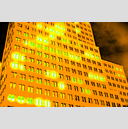 Frank Titze, Ulm/Germany - No. 1901 : Film 3:2 III - Night Glowing I - 959x640 Pixel - 900 kB