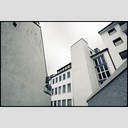 Frank Titze, Ulm/Germany - No. 2011 : Film 3:2 III - Riverside Backyard - 953x640 Pixel - 521 kB