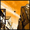 Frank Titze, Ulm/Germany - No. 206 : Y 2012-07 - Lamp in the Sky - 640x640 Pixel - 230 kB