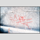 Frank Titze, Ulm/Germany - No. 3445 : Film 3:2 VI - Sign on the Wall - 953x640 Pixel - 1033 kB