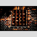 Frank Titze, Ulm/Germany - No. 3725 : Film 3:2 VI - Brick Wall Window - 947x640 Pixel - 662 kB