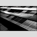 Frank Titze, Ulm/Germany - No. 4738 : Film 3:2 VIII - Dark Frontage - 953x640 Pixel - 422 kB