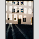 Frank Titze, Ulm/Germany - No. 4899 : Non Common II - Gold Window Reflection II - 460x640 Pixel - 251 kB