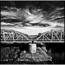 Frank Titze, Ulm/Germany - No. 594 : BW I - Sky-Bridge - 652x640 Pixel - 270 kB
