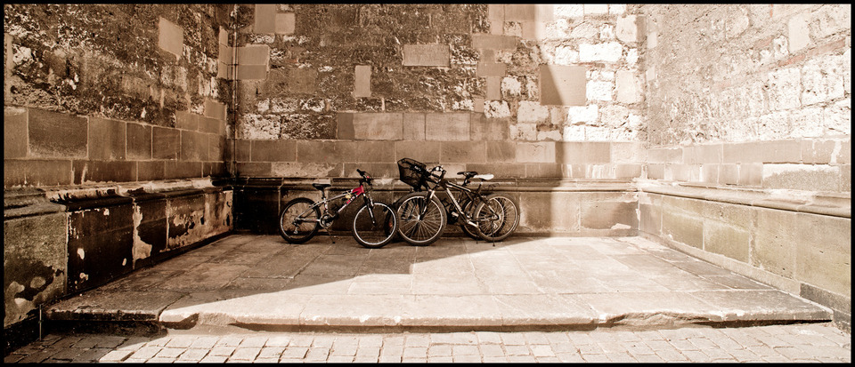 Frank Titze, Ulm/Germany - No. 144 : Ulm Center - Bicycle - 960x413 Pixel - 221 kB