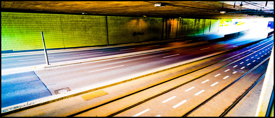 Frank Titze, Ulm/Germany - No. 190 : Ulm West - Colored Underpass - 960x413 Pixel - 293 kB