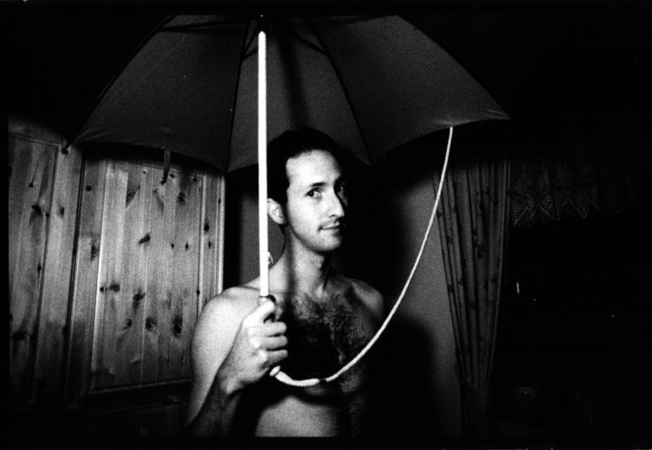 Frank Titze, Ulm/Germany - No. 27 : Pure Analog - Umbrella I - 927x640 Pixel - 49 kB