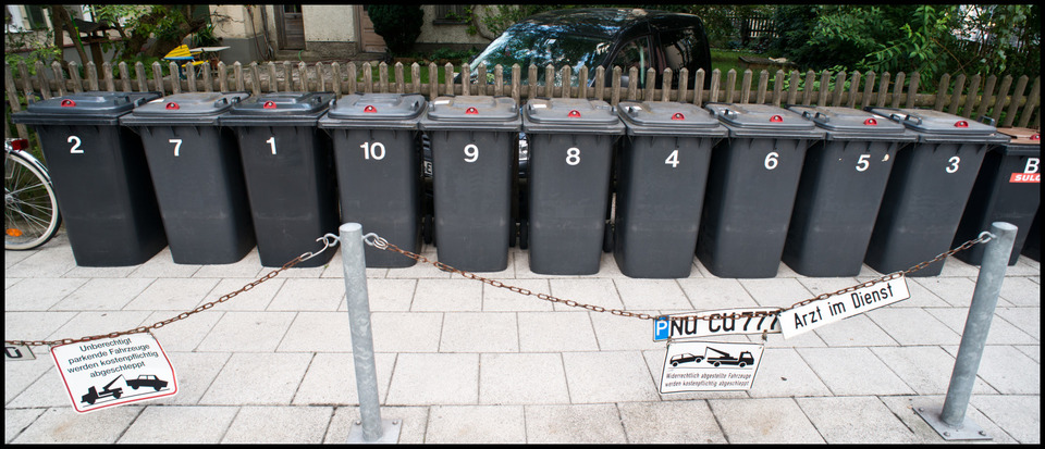 Frank Titze, Ulm/Germany - No. 277 : Others I - Numbers - 960x413 Pixel - 189 kB