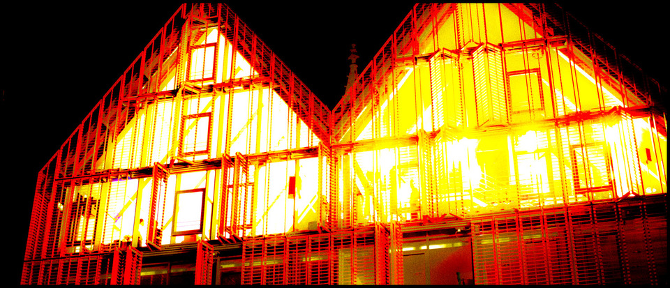 Frank Titze, Ulm/Germany - No. 290 : Ulm Center - Red - 960x413 Pixel - 307 kB