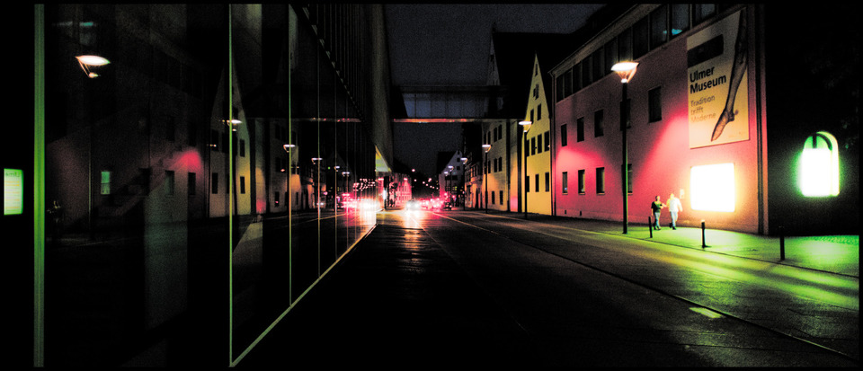 Frank Titze, Ulm/Germany - No. 382 : Ulm Center - Ulm Center at Night III - 960x413 Pixel - 129 kB