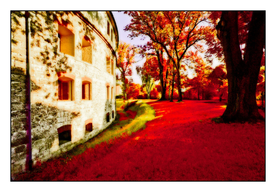 Frank Titze, Ulm/Germany - No. 416 : Ulm West - Red Green - 922x640 Pixel - 354 kB