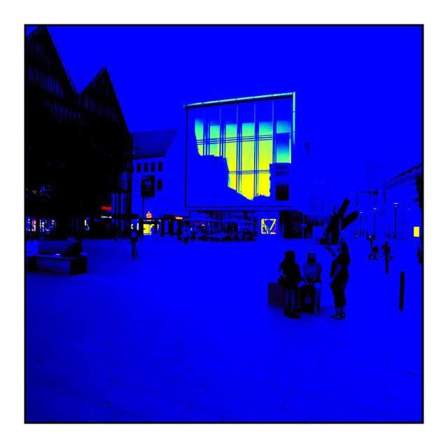 Frank Titze, Ulm/Germany - No. 481 : Ulm Center - Blue - 640x640 Pixel - 97 kB