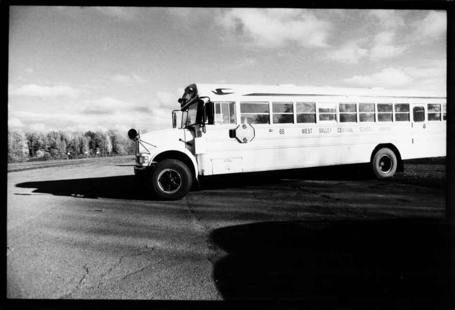 Frank Titze, Ulm/Germany - No. 61 : US - Canada - School Bus - 939x640 Pixel - 111 kB