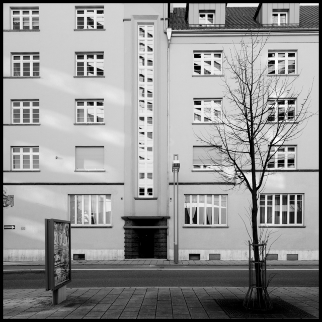 Frank Titze, Ulm/Germany - No. 847 : Ulm South - Reflexions - 640x640 Pixel - 224 kB