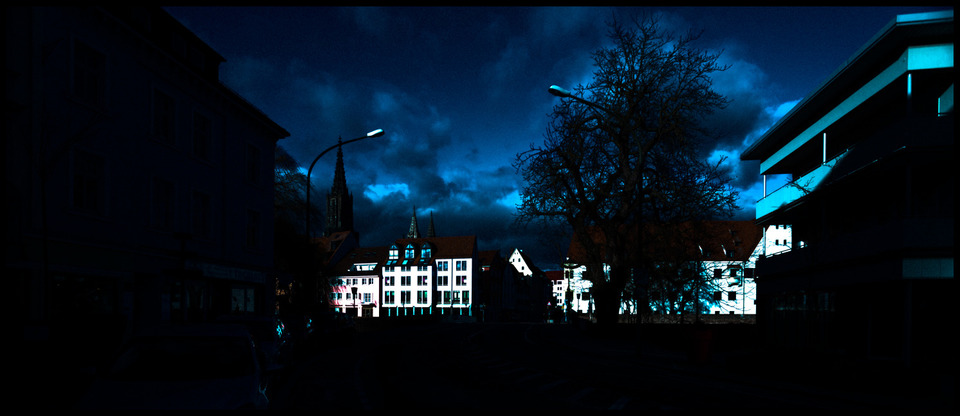 Frank Titze, Ulm/Germany - No. 848 : Ulm East - Blue - 960x416 Pixel - 116 kB