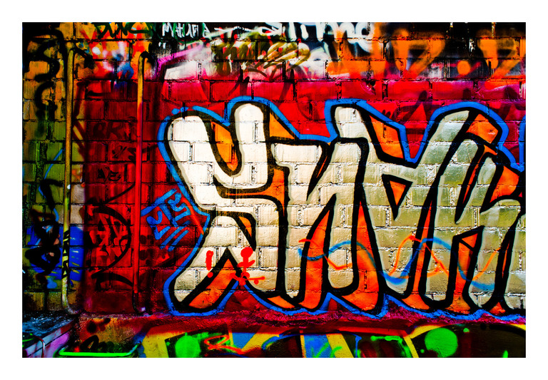 Frank Titze, Ulm/Germany - No. 461 : Y 2012-11 - Wall Graffiti - 922x640 Pixel - 404 kB