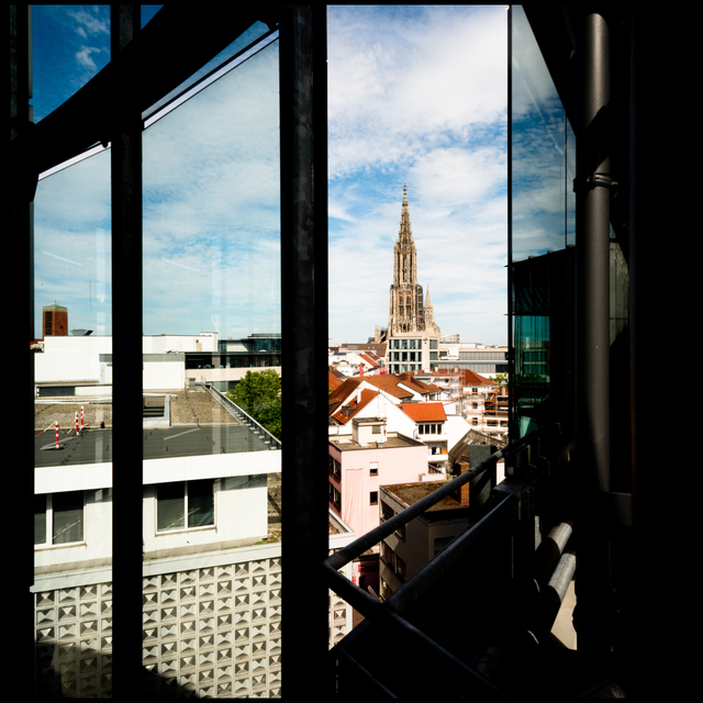 Frank Titze, Ulm/Germany - No. 5464 : Square 1:1 V - Multi Framed View - ImageWidth : --- xImageHeight : ---  Pixel - 308 kB