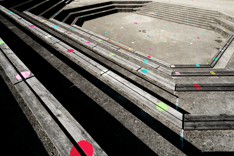 Frank Titze, Ulm/Germany - No. 8833 : .new. - Colored Dots I - ImageWidth : --- xImageHeight : ---  Pixel - 676 kB