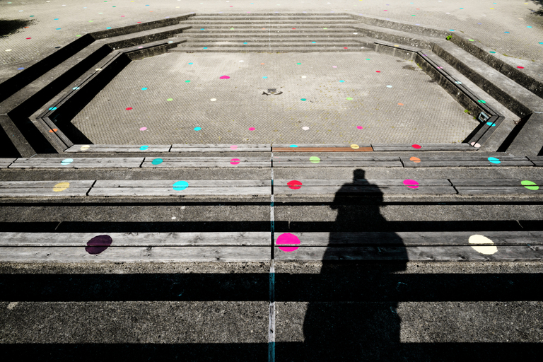 Frank Titze, Ulm/Germany - No. 8834 : .new. - Colored Dots II - ImageWidth : --- xImageHeight : ---  Pixel - 683 kB